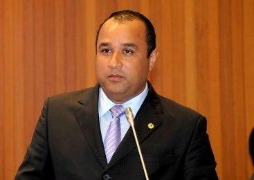 Deputado Roberto Costa.