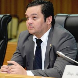Deputado Carlos Filho.