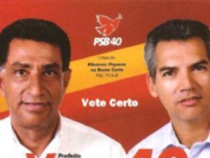 O agora ex-prefeito e  o vice,agora prefeito