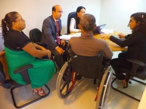 Vítima de acidente de trânsito participa de audiência no Centro de Conciliação do Fórum de São Luís.
