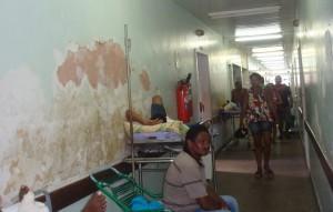 Corredor do hospital Socorrão II, em São Luís (MA).