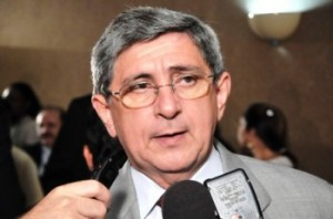 Vice-governador Washington Oliveira