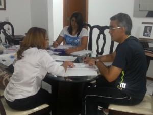 Soliney Silva discutindo sobre o antecipamento do salario.