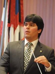 Deputado André Fufuquina.