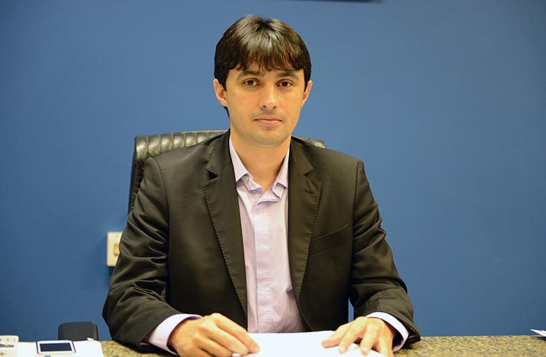 Diretor do Detran André Campos.