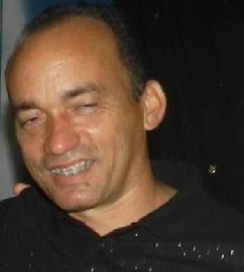 O prefeito Viegas.