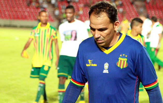 Apesar dos esforços, o Sampaio Corrêa de Rodrigo Ramos está fora da Copa do Brasil. (Foto: Paulo de Tarso Jr / Imirante).