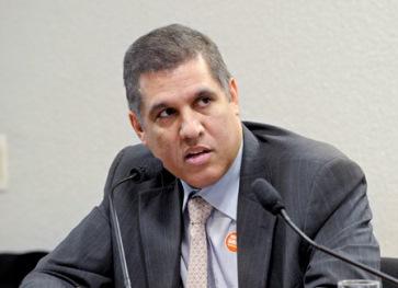 Ex-secretário Cláudio Trinchão.