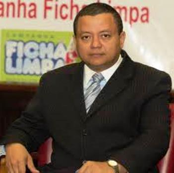 Juiz autor da Ficha Limpa, Marlon Reis.