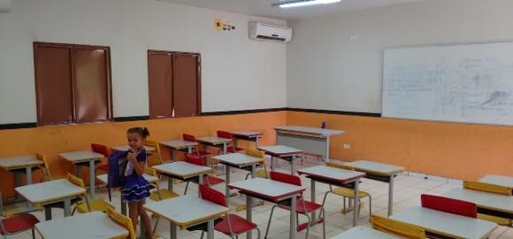 Sala de Aula na Escola Rodrigo de Oliveira (na sede)