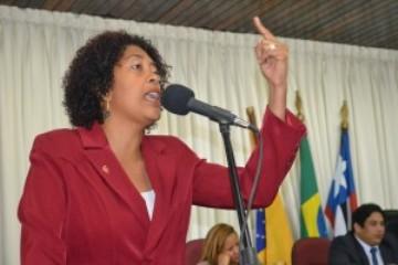 Rose-Sales-quer-anistia-para-Cabo-Campos-e-soldado-Leite