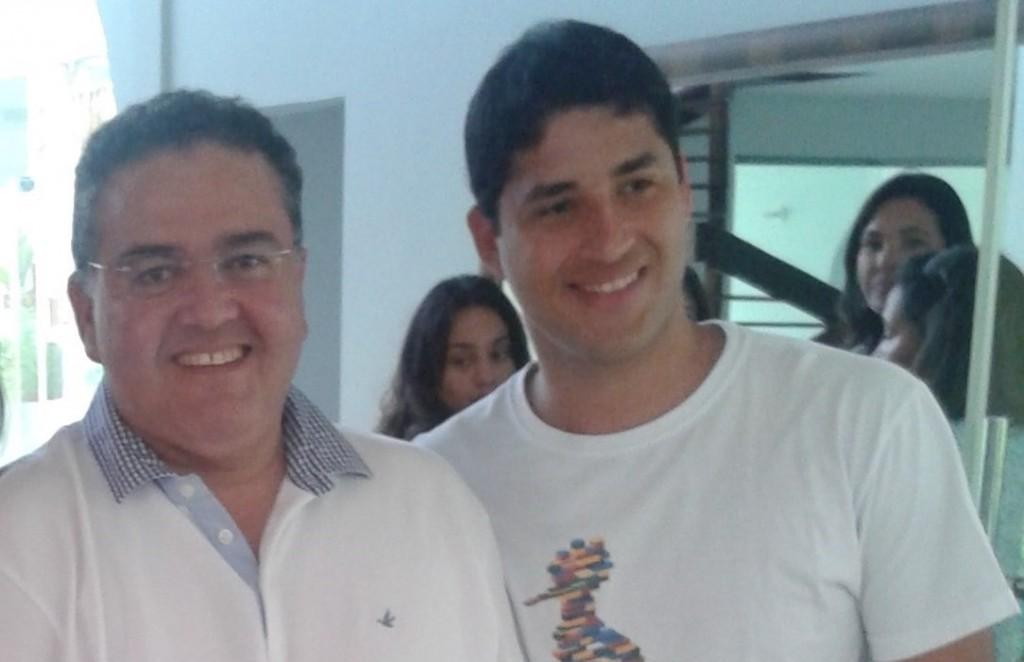 Roberto Rocha juntamente com o filho, Roberto Rocha Júnior.