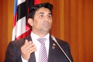 Parlamentar comentou sobre o caso na Tribuna da Assembleia.