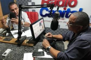 Luis  Fernando em entrevista ao jornalista Djalma.