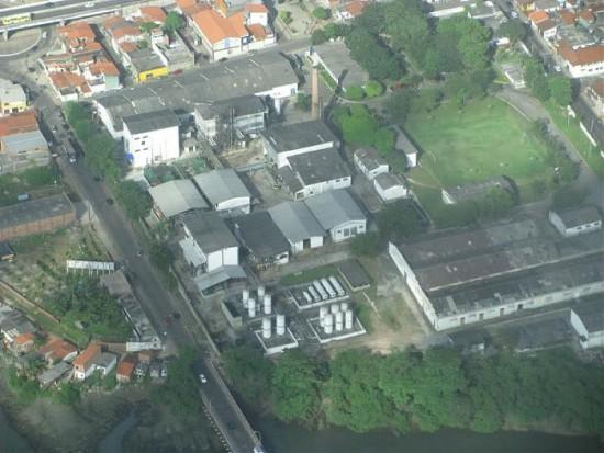 Foto panorâmica da antiga fábrica da Merck no Ivar Saldanha