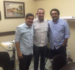Luís Fernando durante reunião com representantes do DEM