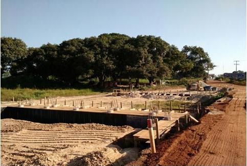 Pavimentação da estrada de Centro do Guilherme a Presidente Médici está bastante adiantada.