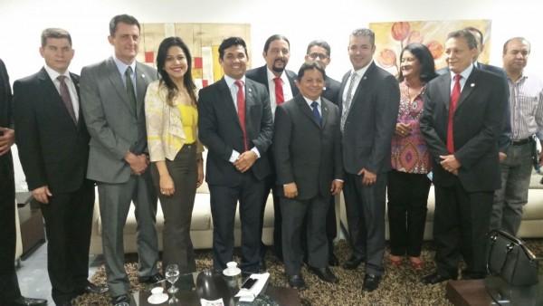 Representantes no Parlamento Amazônico em Manaus (AM)
