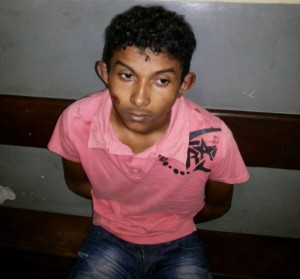 John Kelle da Cruz, de 18 anos, espanco por moradores na Raposa
