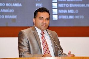 Deputado estadual Josimar.