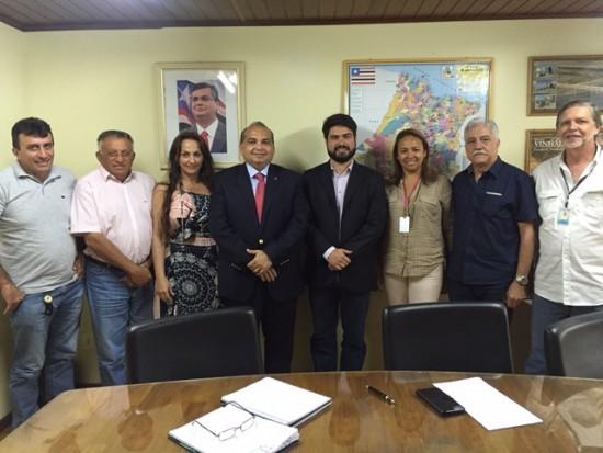 Fábio Braga leva prefeitos à Caema e cobra benefícios para a população