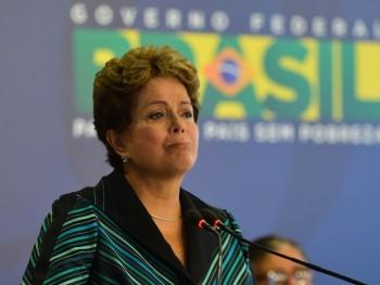 Dilma enfrenta uma forte no país desde o início de seu segundo mandato