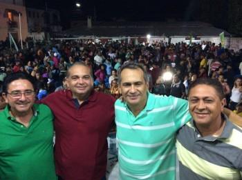 Ato de Filiações com a presença de uma multidão em São Bento
