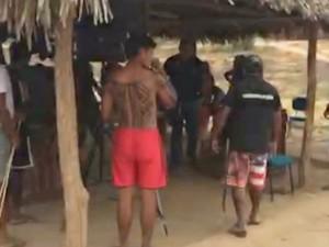 Índios fazem reféns Itaipava do Grajaú (Foto: Reprodução / TV Mirante)