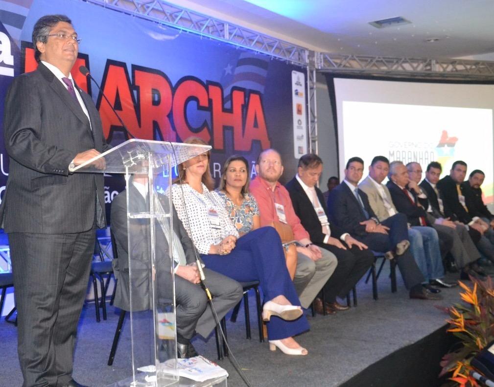 Governador Flávio Dino durante evento da Famem.