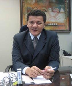 Juiz federal Veloso.