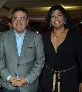 Roberto Rocha e a esposa Ana Cristina.