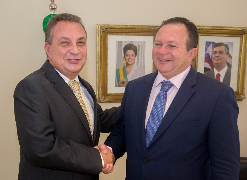 Governador interino, Carlos Brandão e ex-prefeito de São José de Ribamar, Luis Fernando.