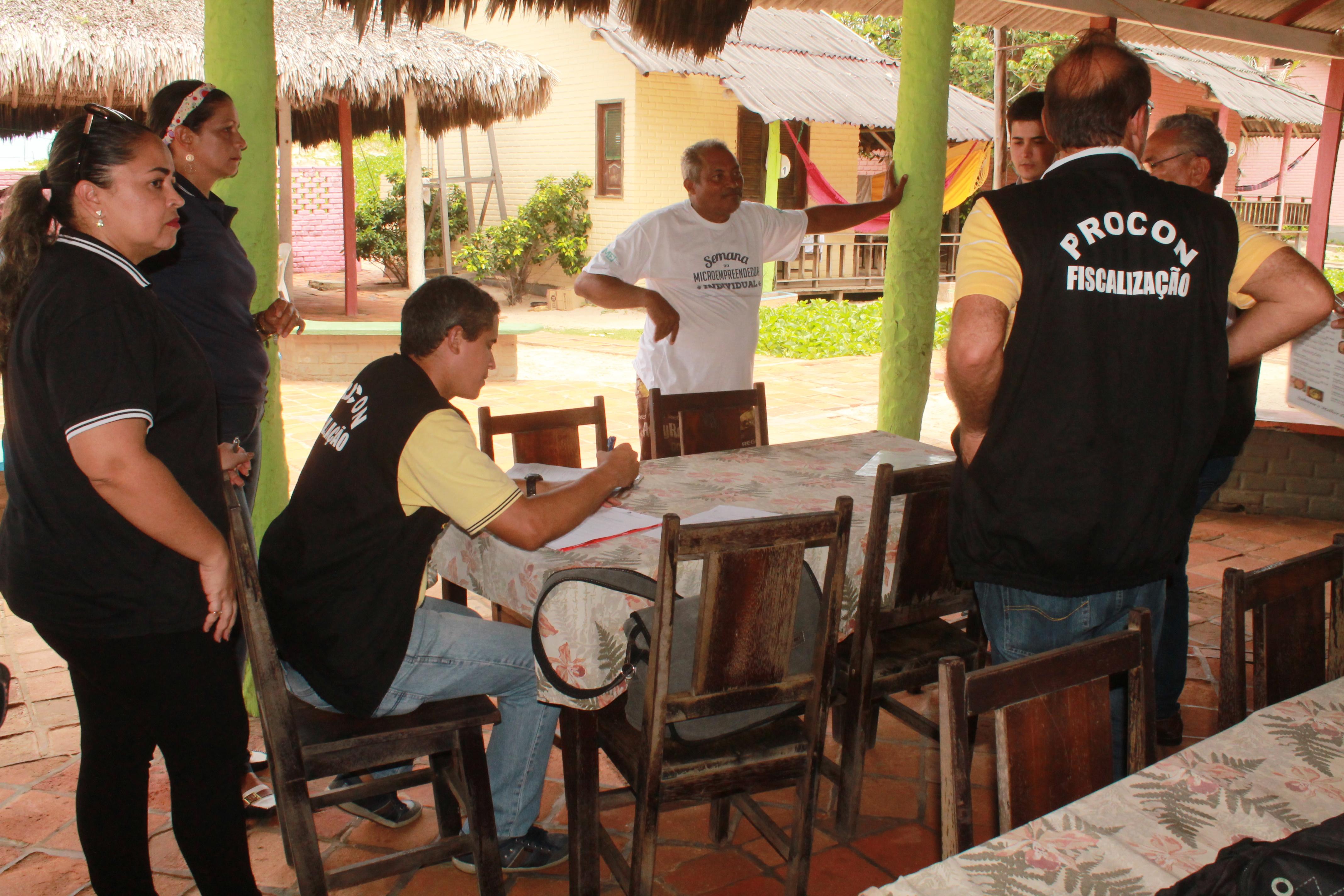 Foto 1 - PROCON MA inicia fiscalização em Bares e restaurantes de Barreirinhas