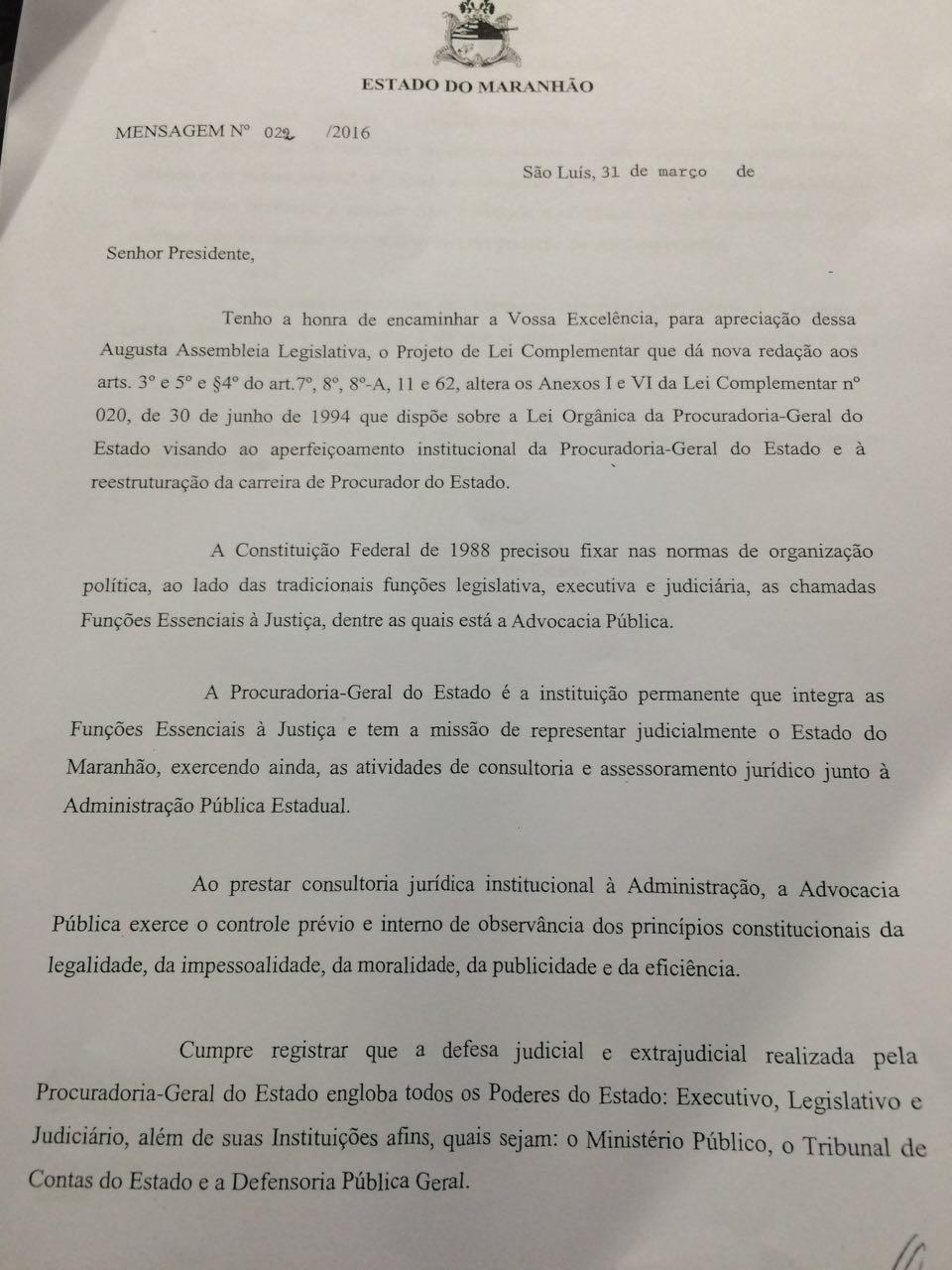Documento encaminhado ao Poder Legislativo que trata da alteração da lei que veda procuradores de atuarem como advogados em causas particulares.