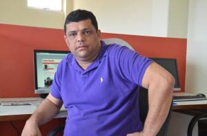 Paulo-Roberto-entrevistado-foto-Francisco-Silva-4-300x198