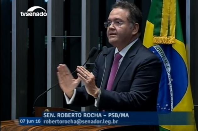 Senador Roberto Rocha.