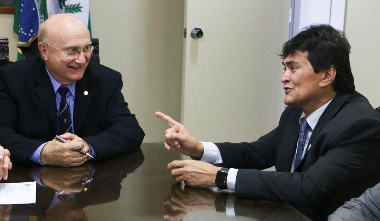 thumbnail_Deputado Léo Cunha em audiência com o Ministro da Justiça Osmar Serraglio, onde solicita mais investimentos para Segurança Publica do Maranhão.