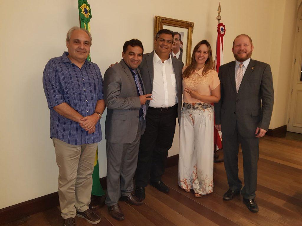 O secretário chefe da Casa Civil, Marcelo Tavares, Josimar de Maranhãozinho, governador Flávio Dino, a prefeita Detinha de Centro do Guilherme e o presidente da Assembleia deputado Othelino Neto.